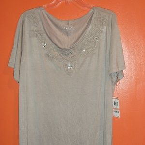 INTERNATIONAL CONCEPTS PLUS SIZE TOP, NEW WITH TAG